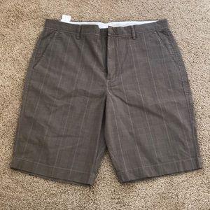NWT! J. Crew men's size 35W brown cotton shorts